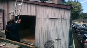 トタン倉庫解体1
